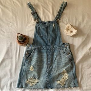 ⚪️HOLLISTER Distressed Jeans Skirt Overall